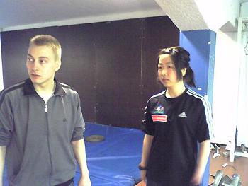 [写真]トニ氏と太田選手