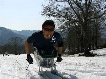 [写真]久保選手の滑走シーン