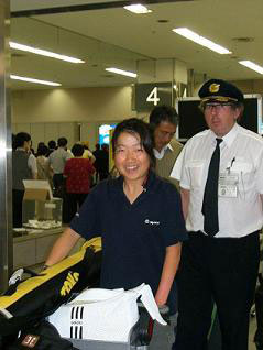 [写真]帰国した太田選手