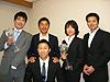 [写真]荻原健司さんと記念写真
