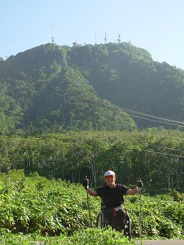 [写真]手稲山でピッケ