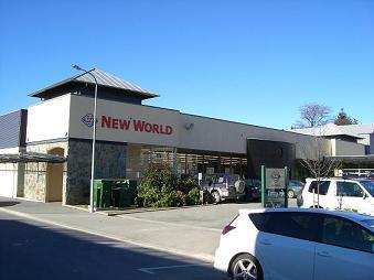 [写真]ワナカのスーパー
