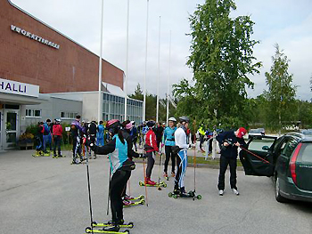 [写真]高校スキー部 この日は30kmローラー練習.JPG