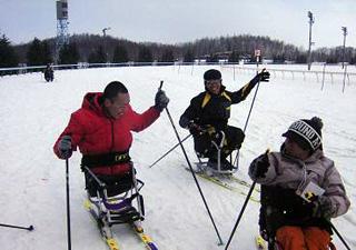 [写真]競馬場でのシットスキー体験