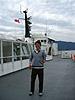[写真]フェリーの船上 新田佳浩