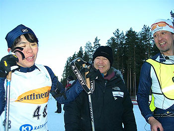[写真]井口選手のゴールと新美部長