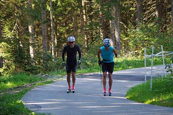 [写真]ローラー専用コースを利用しスピードトレーニング