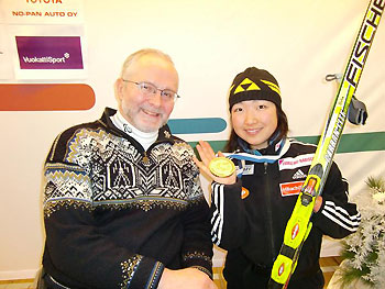 [写真]フィリップ・グレイヴァン氏と太田選手