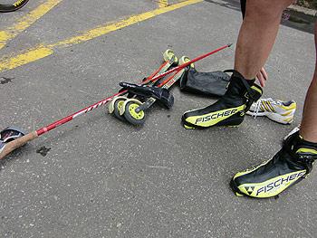 [写真]新田佳浩選手のローラースキー