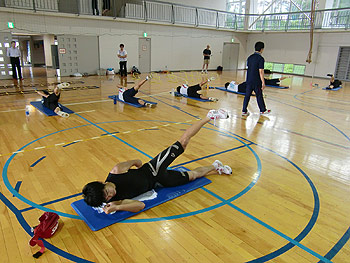 [写真]トレーニングしている新田佳浩選手