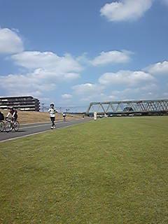 [写真]荒川河川敷のグランド