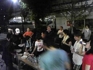 [写真]走り終わってTOKYO RUNNERSのメンバー