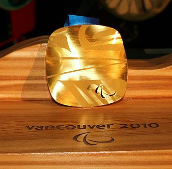 [写真]バンクーバーパラリンピックの金メダル