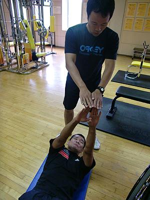 [写真]使える筋肉を鍛える長田弘幸選手