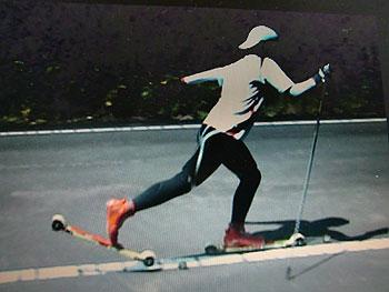 [写真]太田渉子のフォーム動画から