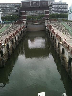 [写真]水位が3mも違うのには驚いた