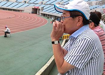 [写真]応援している小野相談役