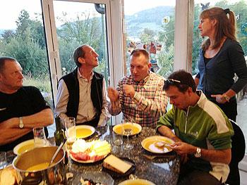 [写真]みんなでかぼちゃスープをいただいた。