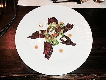 [写真]トナカイ肉の燻製風生