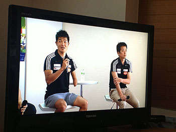 [写真]新田佳浩選手と荒井監督