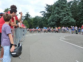 [写真]障害者世界陸上、マラソンスタート位置