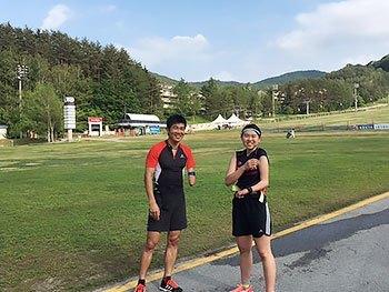 [写真]ピョンチャン合宿初日の新田佳浩、阿部友里香選手