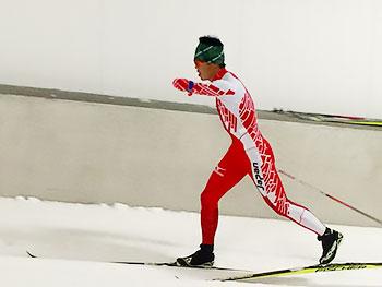 [写真]スキートレーニングする新田佳浩選手