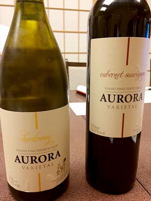 [写真]ブラジルのワイン「AURORA」