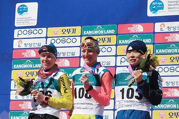 [写真]表彰式の出木島選手