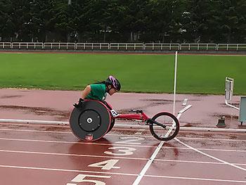 [写真]新田のんの選手、100mに出場