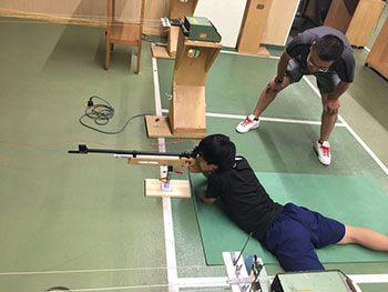 [写真]瀧澤コーチが指導