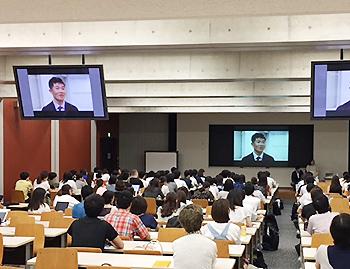 [写真]新田選手の授業