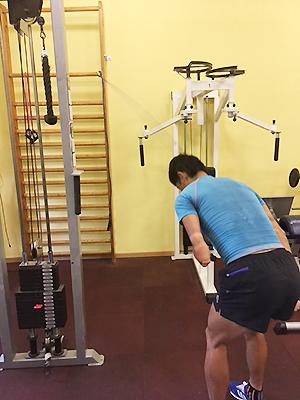 [写真]ジムでのトレーニング