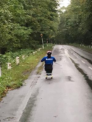 [写真]小清水を上る新田のんの選手