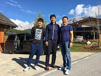 [写真]Ramsau出発前の新田選手と向トレーニングパートナーと長濱コーチ