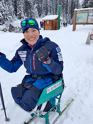 [写真]カナダ初滑りの新田のんの選手