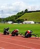 [写真]5000mレースの久保選手(中央)