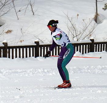 [写真]レース中の阿部選手