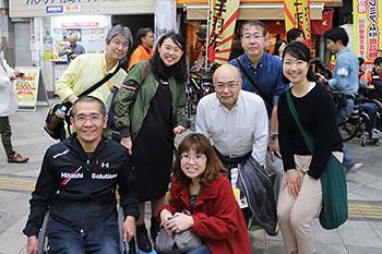 [写真]阿部友里香選手、太田渉子さん