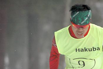 [写真]新田佳浩選手の迫力の走り