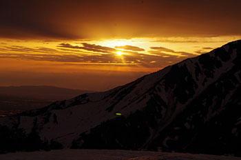 [写真]立山の夕日