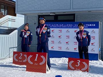 [写真]レース初日男子CL-Short競技の表彰式