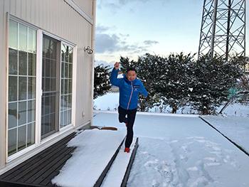 [写真]11.23自宅前 平野部でもついに積雪