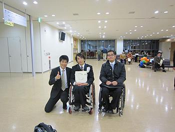 [写真]猪飼さん、長田さんと