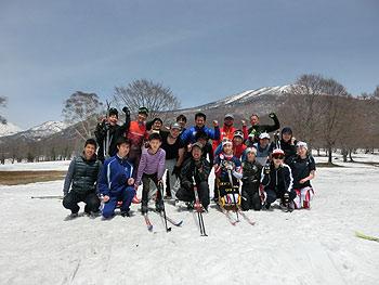 [写真]日本チームのみんなと集合写真
