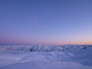 [写真]早朝の山々 早朝の散歩から