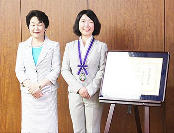 [写真]吉村知事と太田渉子
