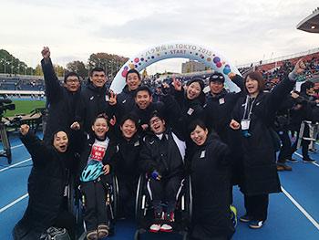 [写真]11月、第1回パラ駅伝に参加した時のチームと