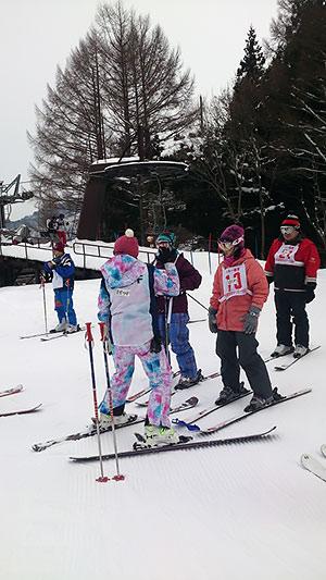 [写真]東京都スキー教室の様子