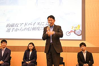 [写真]桜井智野風コーチ